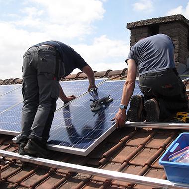 gebrueder-daut-dachdeckerfachbetrieb-fotovoltaik